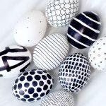 Siyah Beyaz Yumurta Boyama