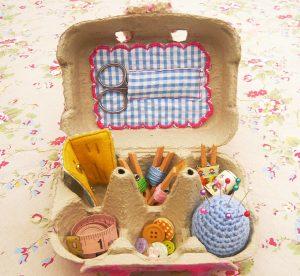 Yumurta Kolisinden Dikiş Kutusu Yapımı