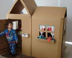 kartondan-oyuncak-ev-yapimi