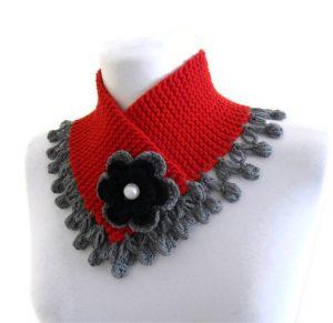 kırmızı-çiçekli-bayan-boyunluk-modeli