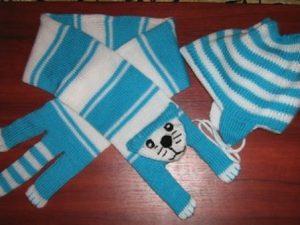 kedili-mavi-çocuk-atkısı