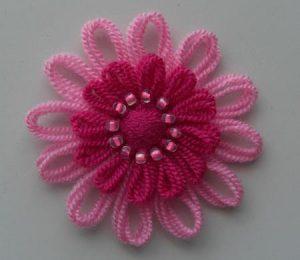 motif-makinesi-ile-boncuklu-çiçek-yapımı