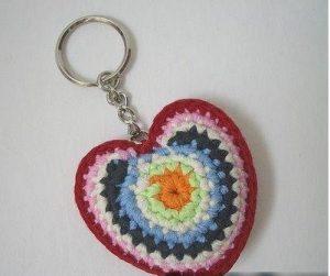 Renkli Kalpli Anahtarlık
