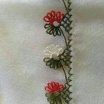 Çiçekli İğne Oyası