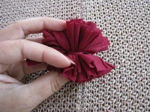 Kumaştan Ponpon Yapımı Resimli Anlatım-6