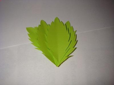 Kağıttan Yaprak Yapımı Resimli Anlatım-3