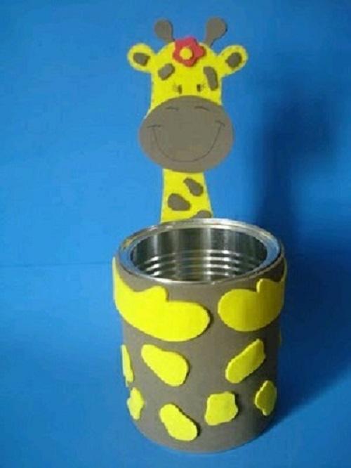 Eva Kağıdı ve Teneke Kutudan Zürafa Yapımı