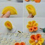 Keçeden İki Renkli Çiçek Yapımı