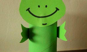 Tuvalet Kağıdı Rulosu ile Kolay Kurbağa Yapımı