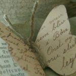 Gazete Kağıdından Dekoratif Kelebek Yapımı