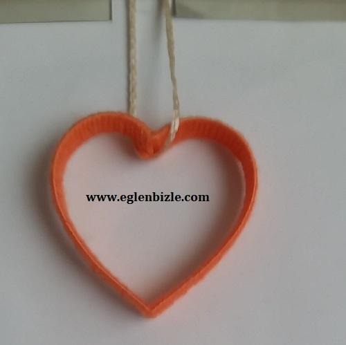 Pet Şişe ve İple Kalpli Süs Yapımı-1