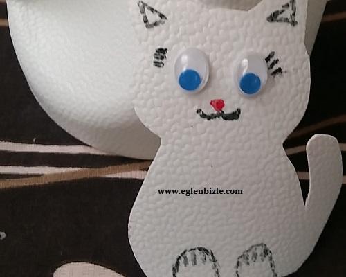 Ayran Kabı ile Kedi Yapımı