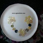 Köpük Tabak İçine Düğme ile Çiçek Yapımı