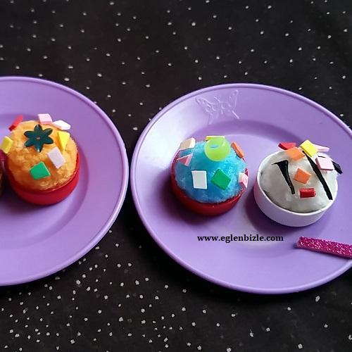Plastik Şişe Kapağı ve Ponpon ile Oyuncak Pasta Yapımı-3
