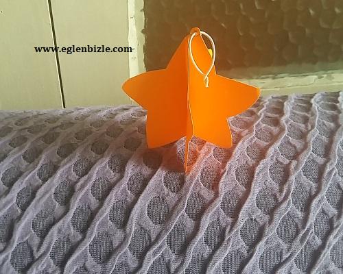 Fon Kartonu ile Üç Boyutlu Yıldız Yapımı
