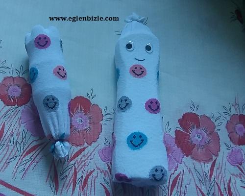 Çoraptan Oyuncak Bebek ve Marakas Yapımı