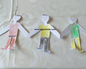 Kağıttan El Ele Tutuşan Çocuklar Nasıl Yapılır