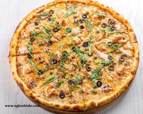 Hazır Pizza Nasıl Pişirilir