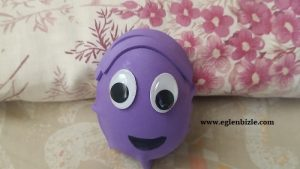 Sürpriz Yumurta Kabından Kukla