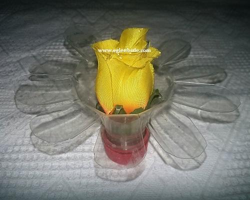 Pet Şişe ile Çiçekli Dekoratif Süs Yapımı