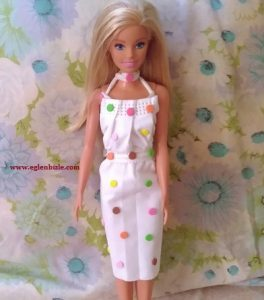 Barbie için Maskeden Elbise