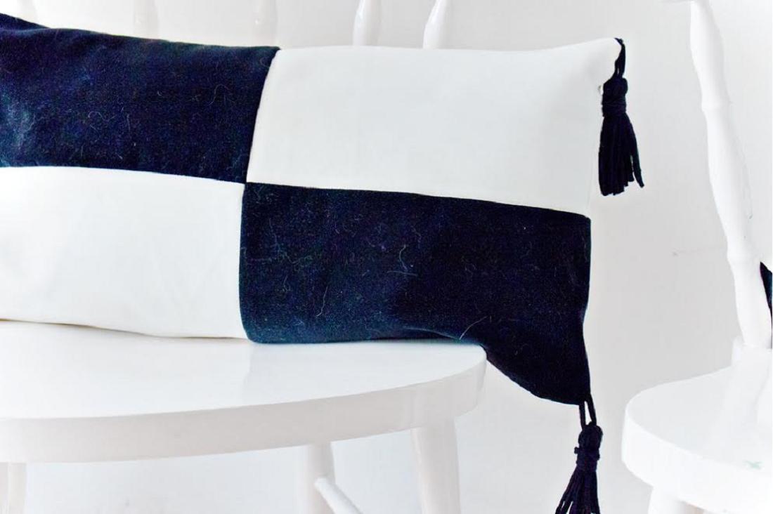Çoraptan Yılan Şeklinde Dekoratif Yastık Yapımı