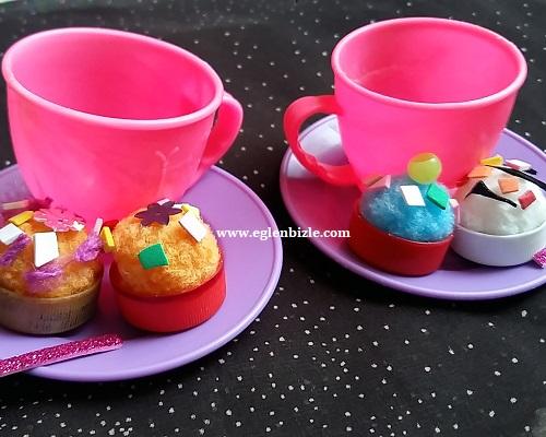 Plastik Şişe Kapağı ve Ponpon ile Oyuncak Pasta Yapımı