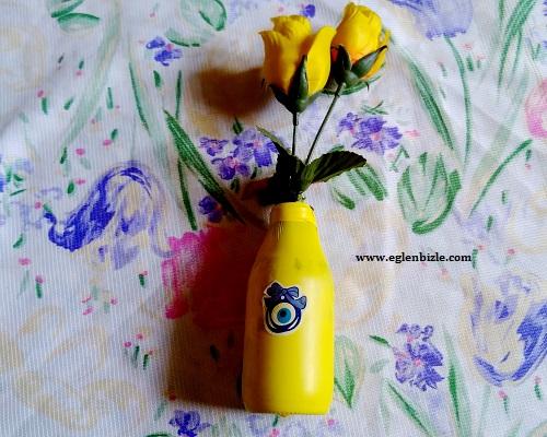 Balon ve Şurup Şişesi ile Vazo Yapımı